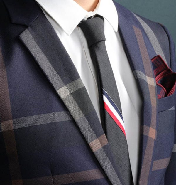 OSCN7-Navy-Blue-Slim-Fit-Plaid-Suit-Men-FrontPocket
